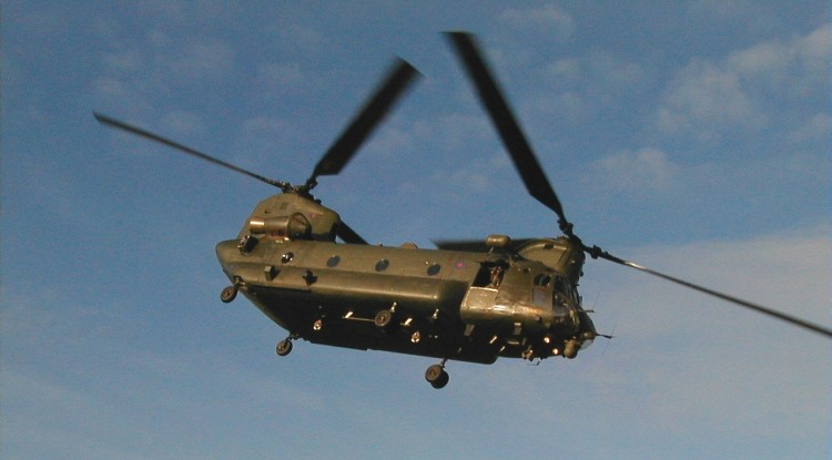Chinook HC2 lifts off from The Museum