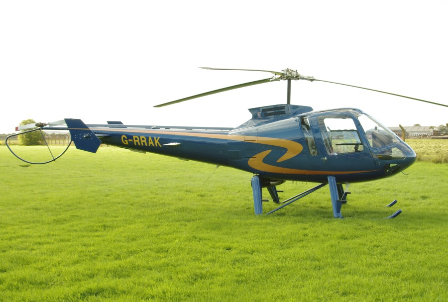 Enstrom 480B, G-RRAK, at THM