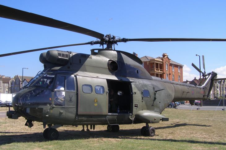 SA330L Puma, ZE449, at Weston Helidays 2006