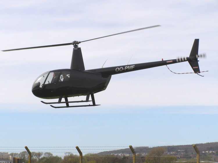 Robinson R44 Raven I, OO-PMF