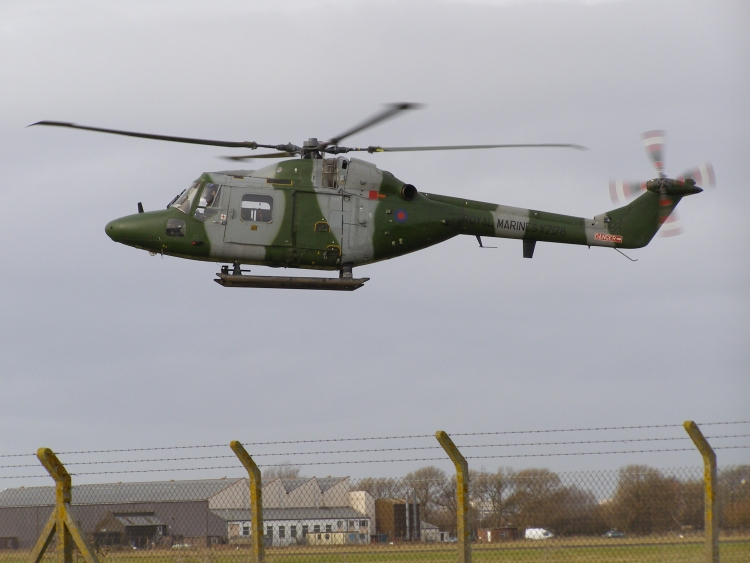 Westland Lynx AH7,  XZ178, over The Helicopter Museum